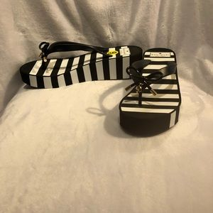 KATE SPADE New York Rhett Black and White Strip